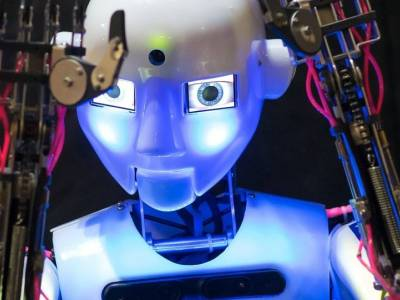 أكسفورد للاقتصاد: الروبوتات قد تسيطر على 20 مليون وظيفة بحلول 2030